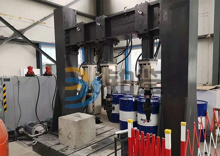 多通道槽道电液伺服疲劳试验机
