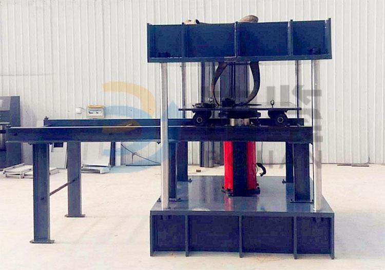 油缸下置式井盖压力试验机